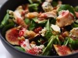 Salade d'automne au poulet, figues, noix et fourme d'Ambert